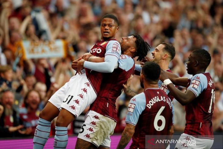 Aston Villa akhiri bulan madu Everton  bersama Rafa Benitez