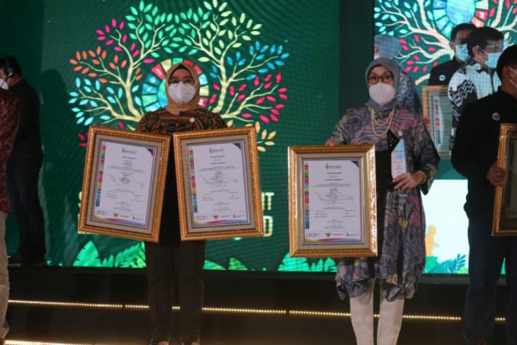 Peduli lingkungan dan kesehatan, Adaro raih penghargaan Platinum ISDA 2021