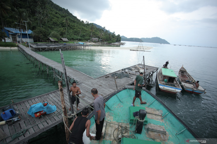 Pemkab Kayong Utara sediakan angkutan laut bangun konektivitas antar kepulauan