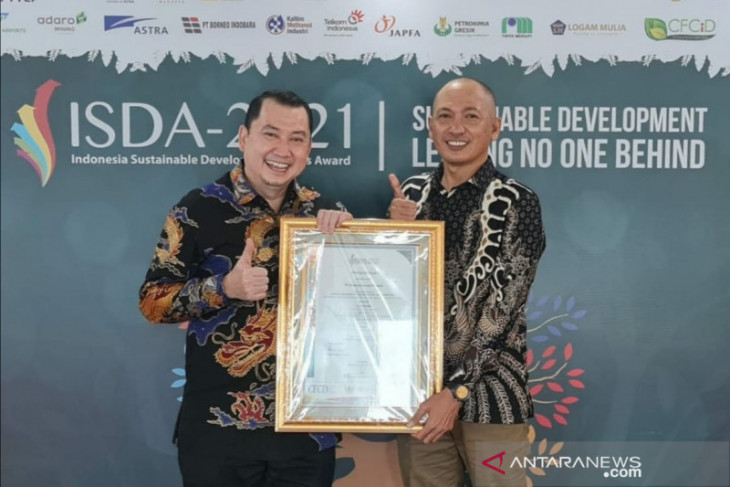 PT AGM wins ISDA 2021 award through bekantan ecotourism