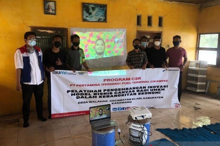 Dorong Penciptaan Lapangan Kerja di Desa, Pertamina Berdayakan UMKM Pemuda Kreatif di Karawang