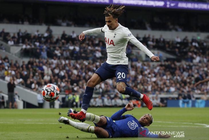 Chelsea melumat Tottenham Hotspur 3-0