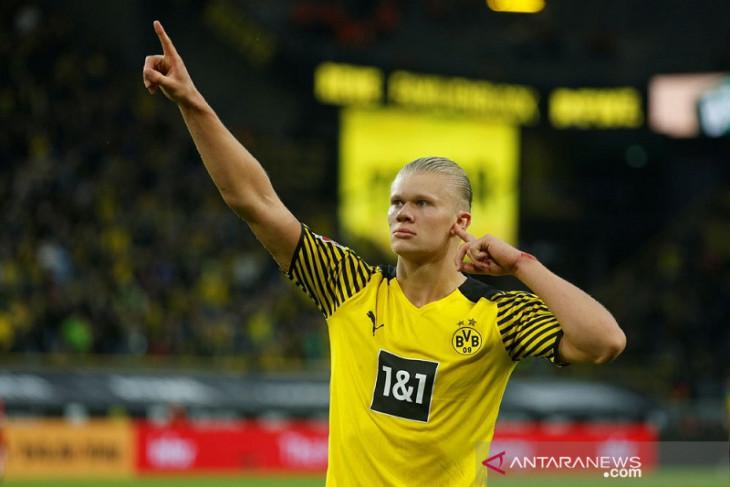 Dortmund atasi Union Berlin, Haaland dua gol