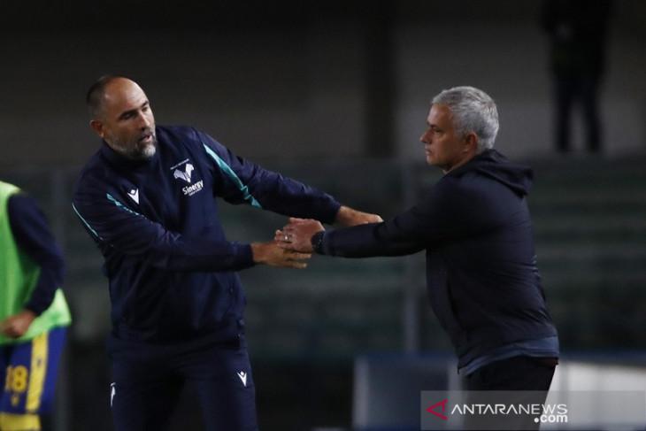Roma gagal adaptasi perubahan pelatih Verona