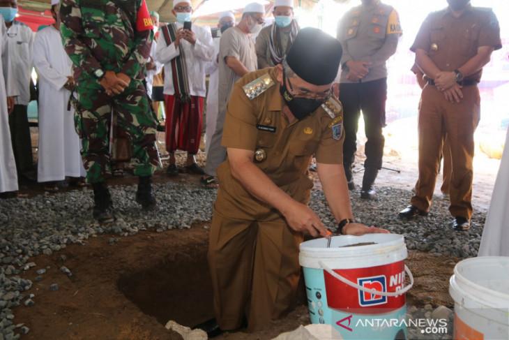 Pembangunan kubah makam Guru Kapuh bentuk perhatian dan rasa cinta
