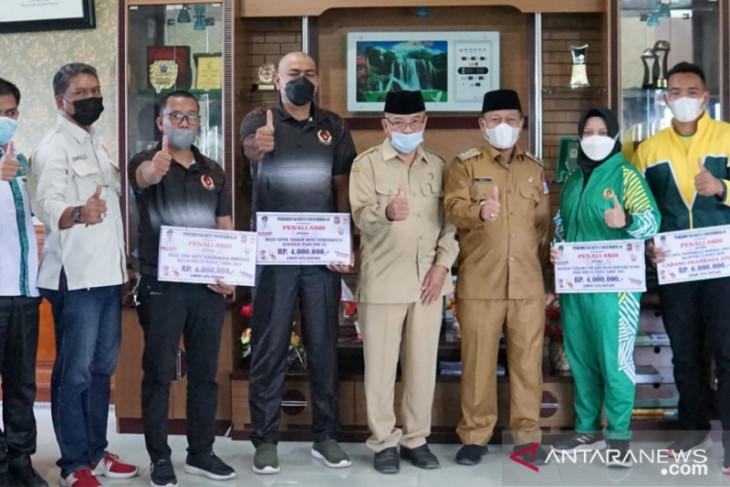 Pemkot Tanjungbalai lepas keberangkatan atlet hingga official ikuti PON Papua