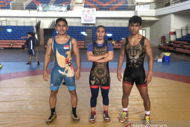 Tiga bersaudara jadi tumpuan gulat Kaltim raih emas PON Papua