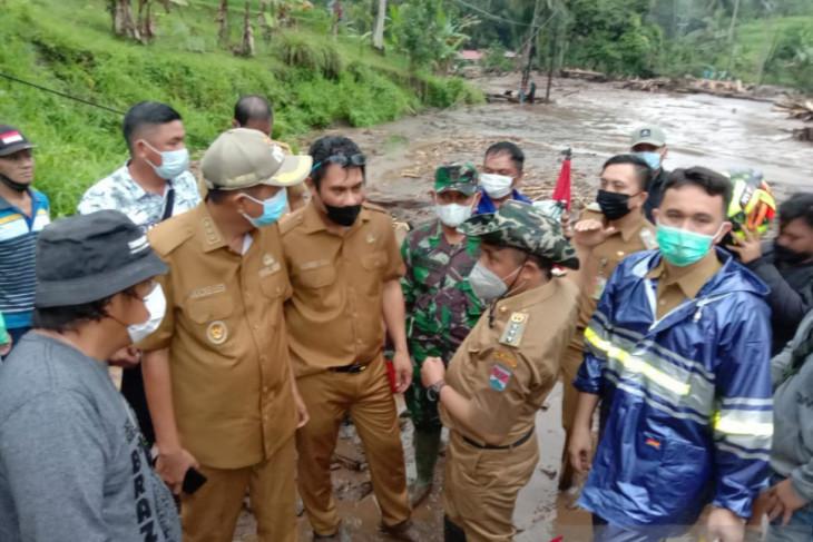 Banjir bandang di Minahasa Tenggara rusak rumah dan jalan nasional putus