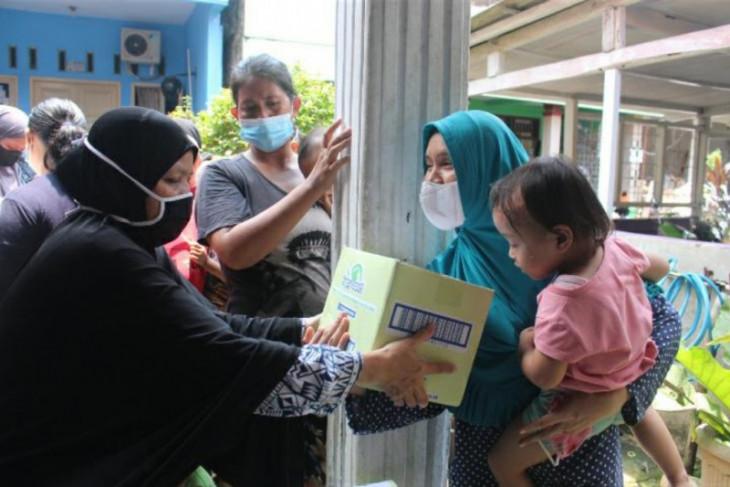 Human Initiative, Debellin dan Debaby salurkan tisu basah untuk anak Indonesia