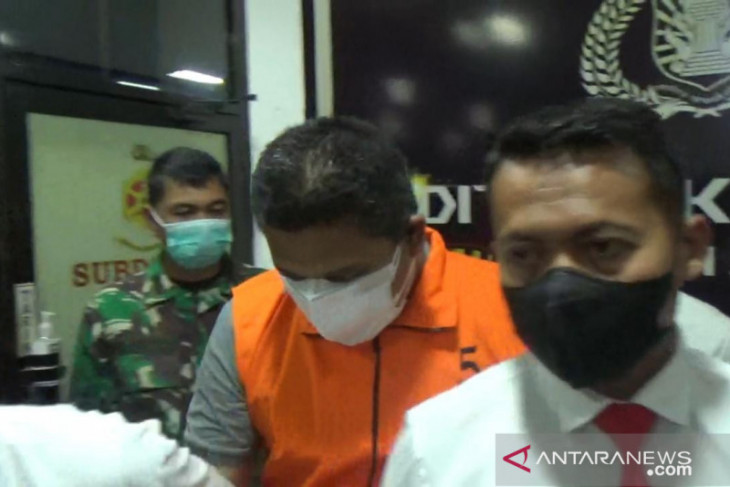 Oknum polisi ditangkap terkait sumur minyak ilegal yang meledak di Batanghari