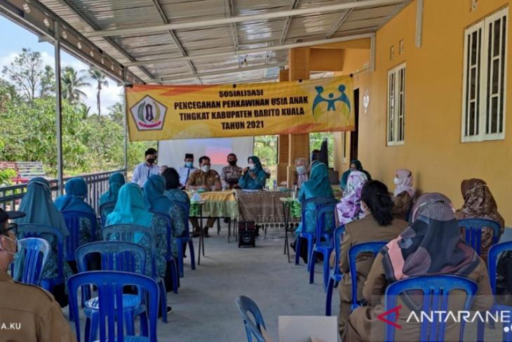 DPPKBP3A Batola : Perkawinan anak di bawah umur  Batola  tinggi