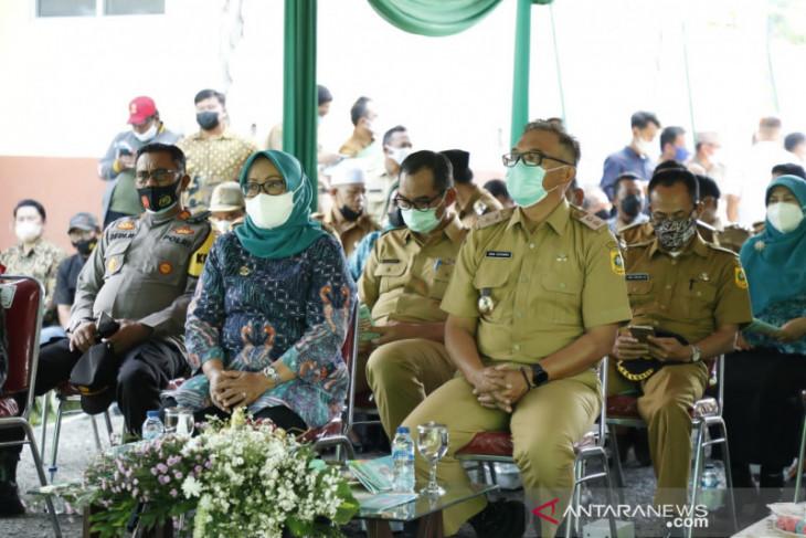 Bupati Bogor tinjau pekerjaan Program Samisade di Nanggung