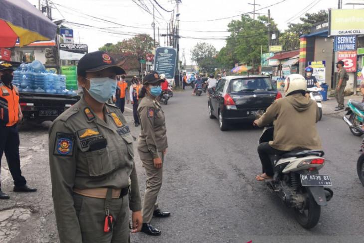 Tim Yustisi Denpasar tindak 32 pelanggar prokes saat PPKM