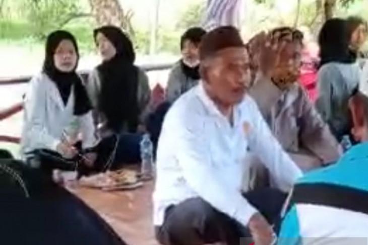 Ketua DPRD Bangka ajak makan bersama anak yatim piatu