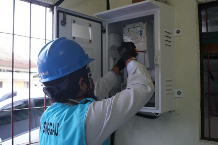PLN UP3 Sanggau lakukan pemeriksaan meteran secara berkala