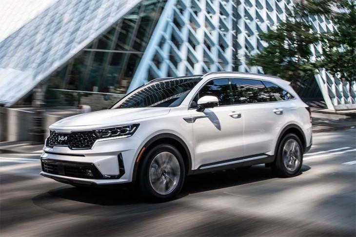 Harga Sorento Hybrid 2022 yang diumumkan Kia