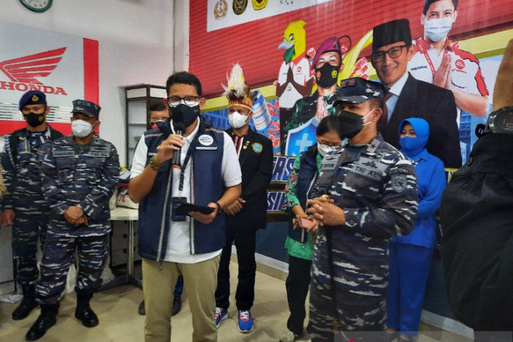 Sandi Uno ajak atlet PON XX nikmati keindahan alam Papua