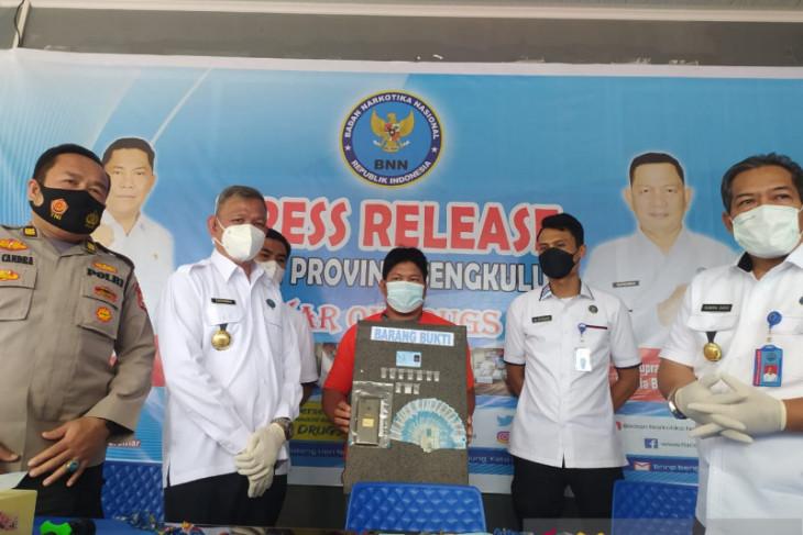 BNN tangkap pedagang buah jadi pengedar narkoba di Bengkulu