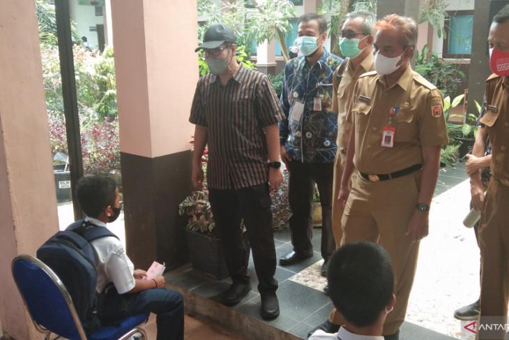 1.200 pelajar SMP di Banjarbaru disuntik vaksin