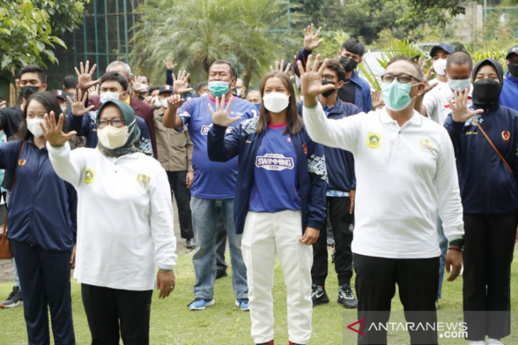 Bupati Bogor lepas 83 atlet menuju PON XX Papua 2021