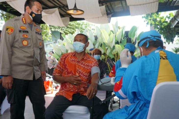 Alumni Akpol 97 Polda Bali siapkan 500 dosis untuk vaksinasi masyarakat Denpasar