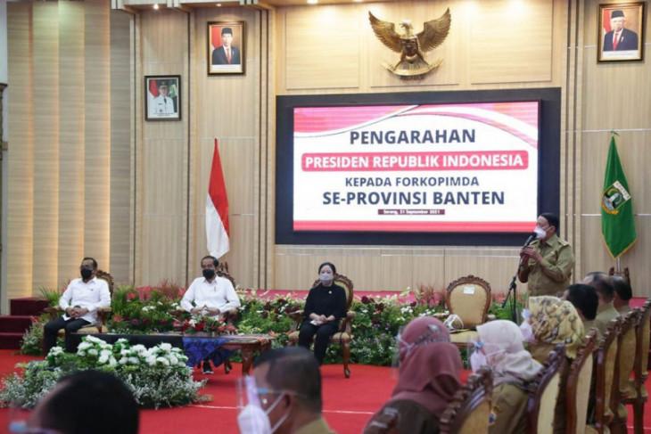 Gubernur Banten Wahidin Halim laporkan realisasi APBD kepada Presiden Jokowi