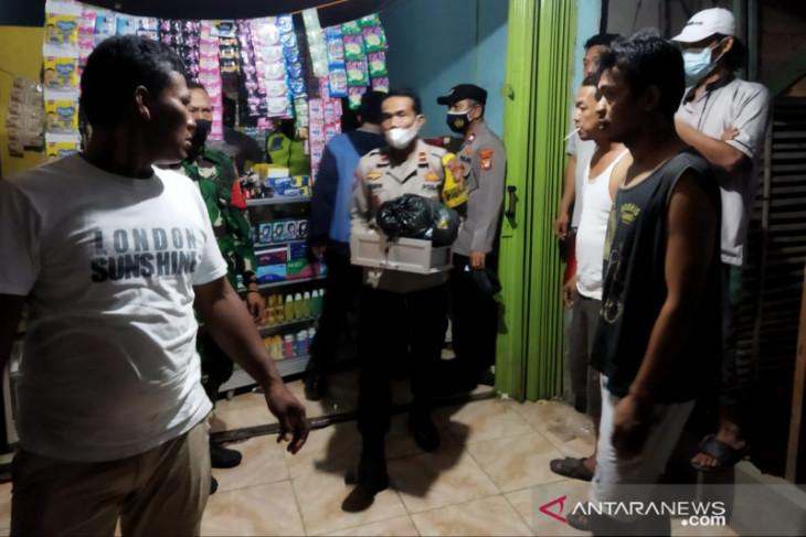 Ribuan obat terlarang dari toko kosmetik di Bekasi disita polisi