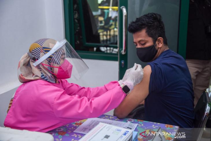 Program percepatan vaksinasi di Purwakarta terkendala NIK KTP tak terbaca