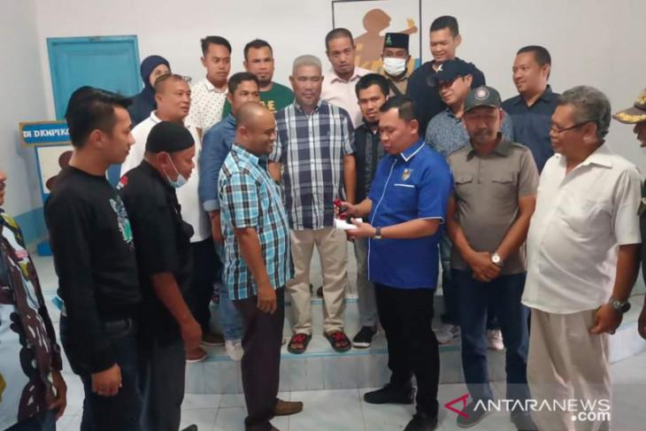 Asmui ketua DPD KNPI Tanjungbalai hasil Musda XV terima gedung pemuda