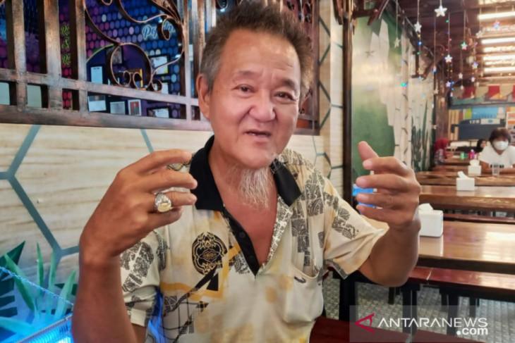 I Kiong Tan etnis chinese yang paham tarombo Batak