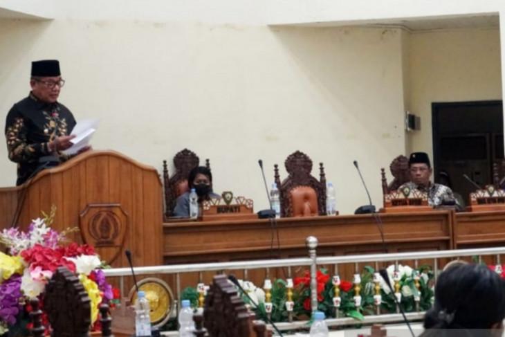 Bupati Thaher Ajak DPRD Dan Elemen Warga Malra Kawal Implementasi APBD-P 2021