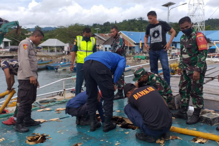 KM Fungka Permata VII terbakar di Pelabuhan Sanana syukur tidak ada korban jiwa