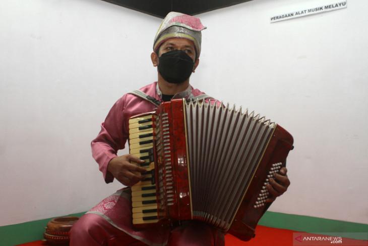 Museum Kalbar menggelar pameran temporer alat musik tradisional