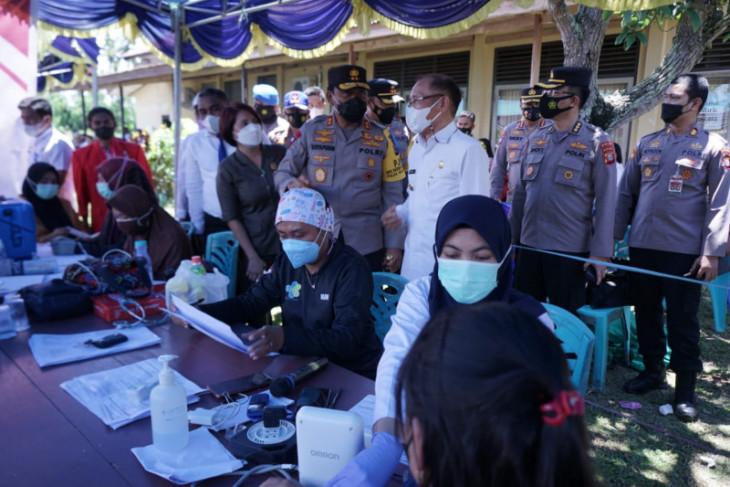 Kapolda Malut tinjau Vaksinasi Merdeka di Halmahera Utara perangi COVID -19