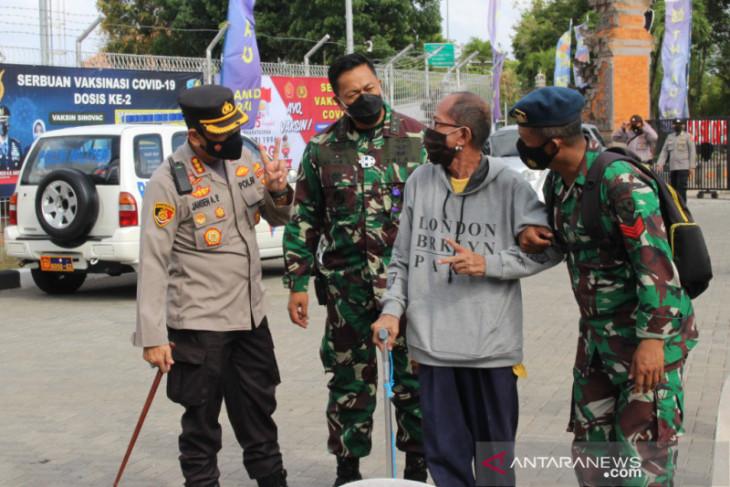 Alumni Akabri 96 wilayah Bali lakukan vaksinasi COVID-19 massal