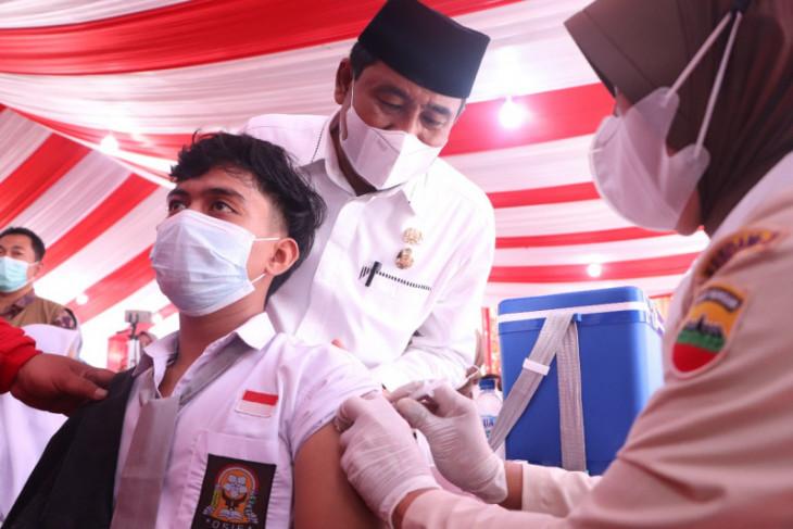 Wali Kota Binjai tinjau vaksinasi buat pelajar