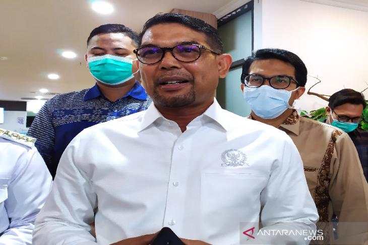 Nasir Djamil imbau orang tua di Aceh jaga keluarga dari predator anak