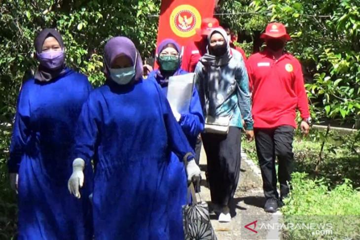 Video-Bupati HSS apresiasi BIN Kalsel dekatkan layanan vaksinasi ke masyarakat