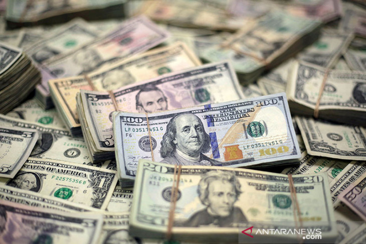Dolar AS Jumat pagi tergelincir terseret meningkatnya sentimen global