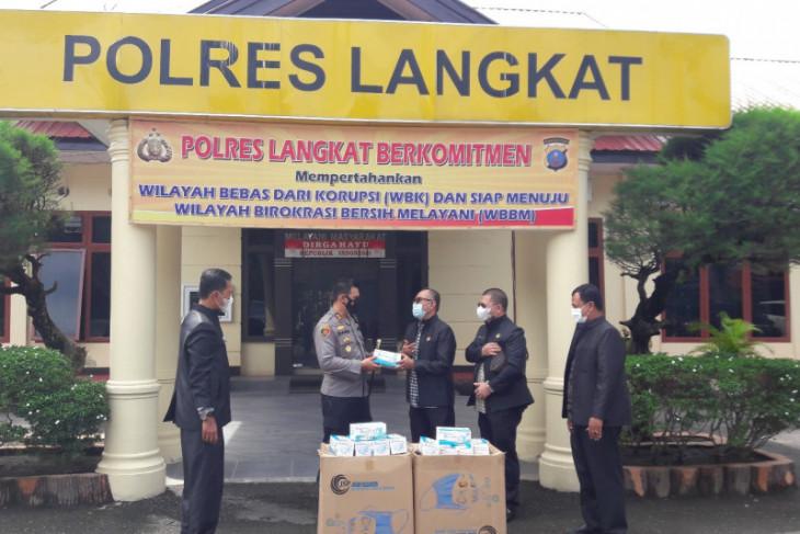 FPK Langkat serahkan 5.000 masker kepada Kapolres Langkat