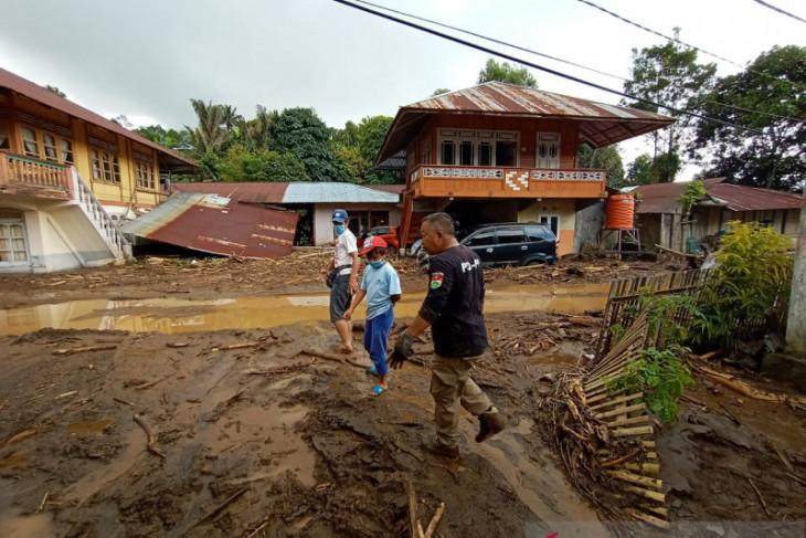 Bupati Minahasa Tenggara minta bencana banjir tidak dieksploitasi