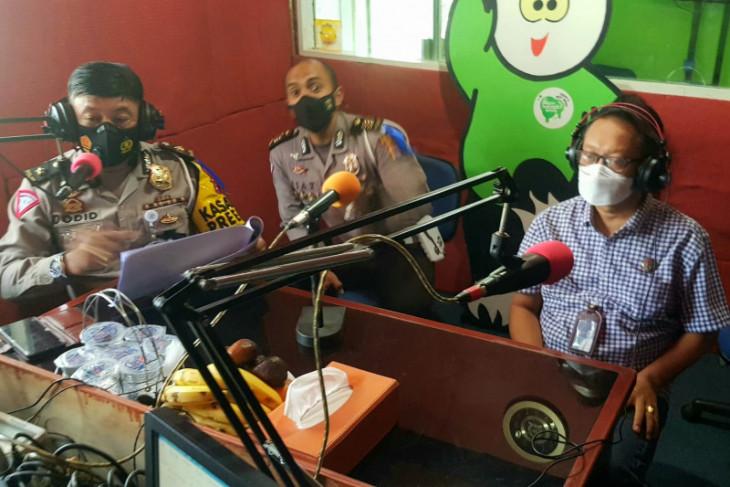 Tim Pembina Samsat Banten talk show
