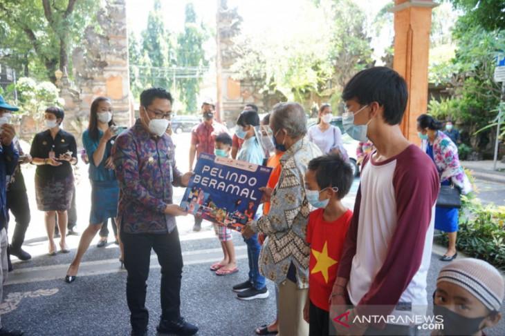 Pelindo III - Pemkot Denpasar santuni anak yatim dan disabilitas