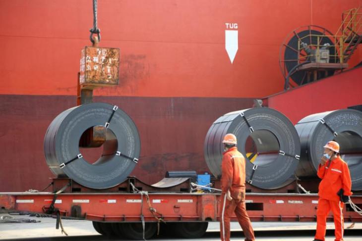 Produksi baja global anjlok pada Agustus, pertama kali dalam setahun