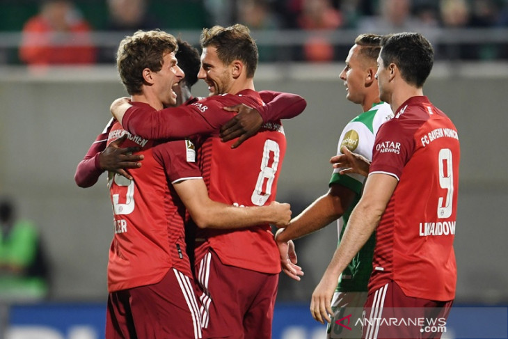 Liga Jerman: Bayern tundukkan Fuerth walau tuntaskan laga dengan sepuluh pemain