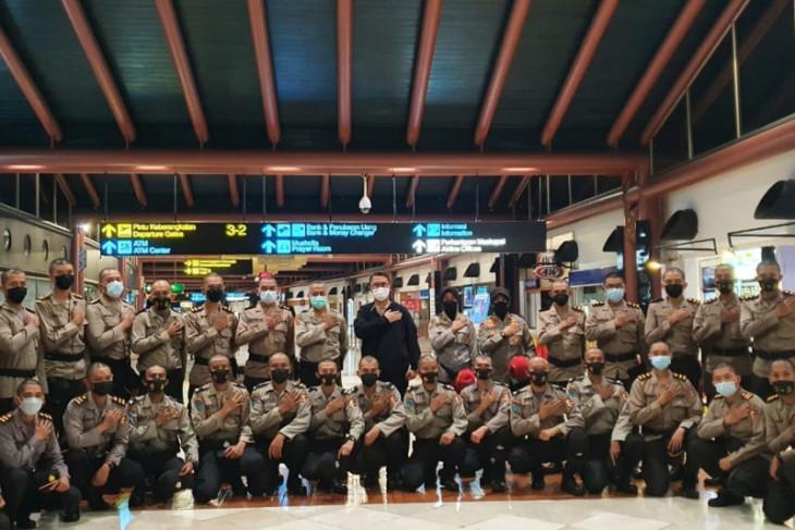 Mabes Polri terbangkan 100 resimen vaksinator ke PON XX Papua