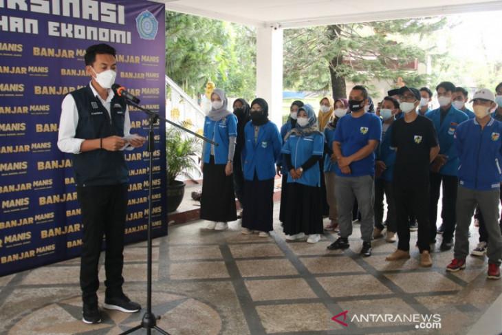 Bupati lepas relawan KNPI ke Katingan bantu warga pascabanjir