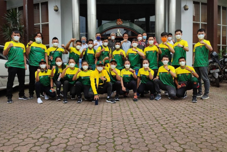 North Sumatra's 25 Wushu athletes depart for PON