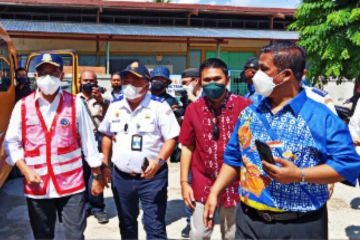 Minister lauds bus drivers serving PON contingents