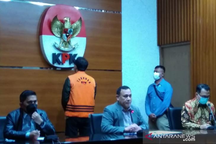 Azis Syamsuddin ditahan KPK